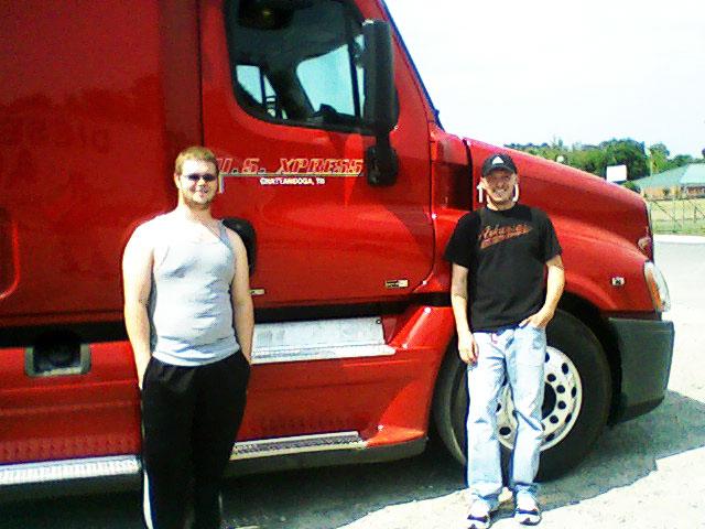 CDL truck driver DDA graduates team driving for US Xpress